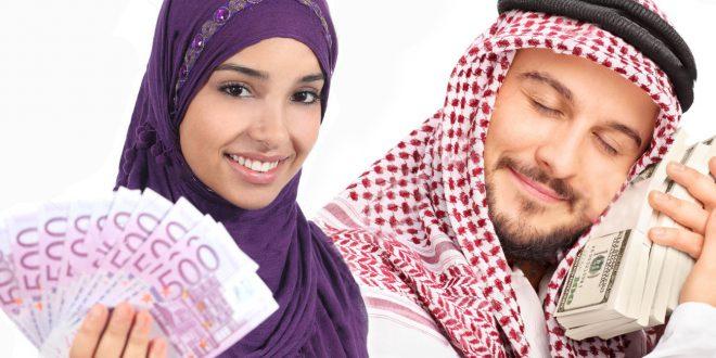 صورة إمراة و رجل و المال ثالثهما
