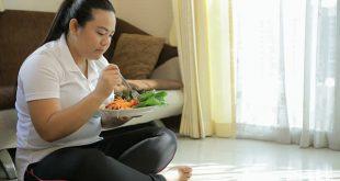 fat-women-eating